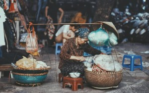 CƠM CHÁY CHÀ BÔNG - KÝ ỨC VỀ NHỮNG GÁNH HÀNG RONG